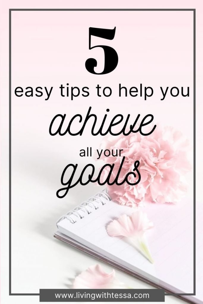 Do you have trouble setting #goals you can stick with? I will help you with your goal setting so you can build your best life. Whether they're career, personal or relationship goals, these 5 tips will help you achieve all your goals. #goalsetting#intentionsetting#achievinggoals#liveyourbestlife